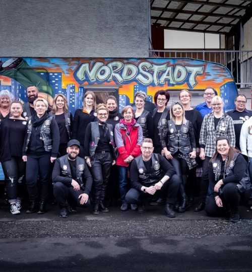 Die Barber Angels und das Team der Werkstattkirche (c) Billart